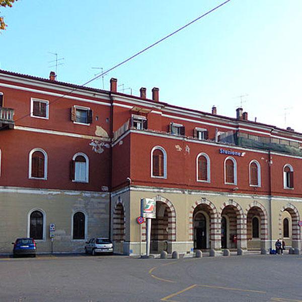Stazione Ferroviaria di Peschiera